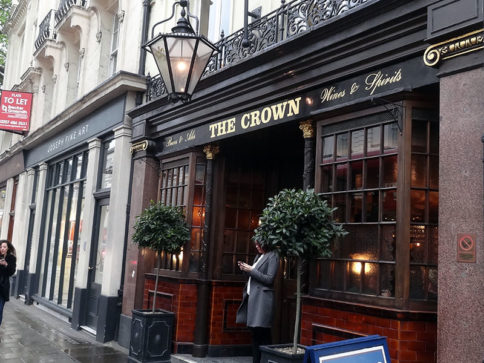 The Crown Pub